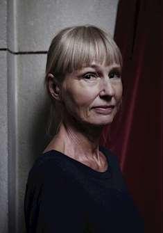 Författaren Carola Hansson
